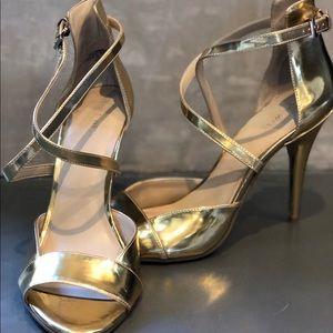 Nine West - Sexy Gold Sandal Heel
